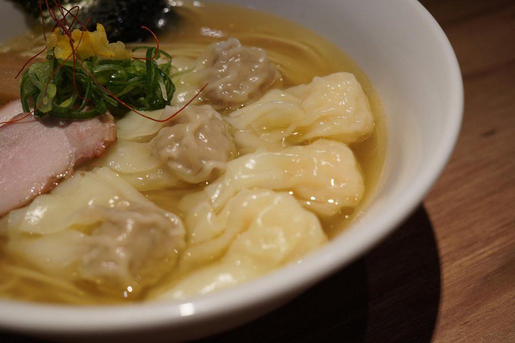 白旨特製ワンタン麺